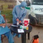 Covid: Vacunarán a docentes y mayores de 70 años de Campo Gallo y enviarán móviles policiales e insumos médicos